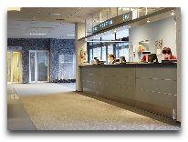 отель Meri Spa Hotel: Ресепшен