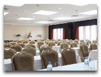отель Muong Thanh Hue Hotel: Конференц-зал