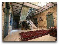 отель Museum inn boutigue hotel: Холл на этаже