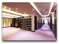 отель Nairi Hotel: Коридор
