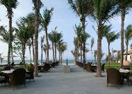 отель Nam Hai Resort Hotel: Бар у бассейна