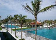 отель Nam Hai Resort Hotel: Бассейн