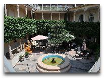 отель Nata: Внутренний дворик