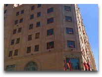 отель National Hotel: Фасад отеля