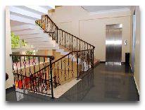 отель Neptun: Лестница