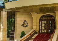 отель Nobil Luxury Boutique Hotel: Вход в отель