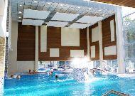 отель Noorus: Бассейн