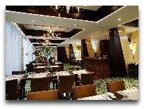 отель Nordic Hotel Forum: Ресторан Monaco