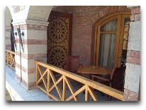 отель Rabath Akhaltsikhe: Балконы номеров