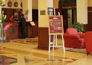 отель Dalat Hotel Du Parc: Холл