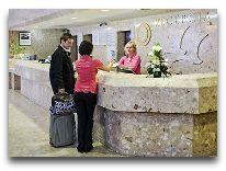отель Novotel Gdansk Marina: Ресепшен