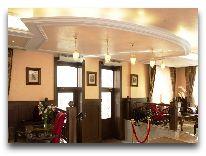 отель Rixwell Old Riga Palace: Вход в отель