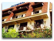 отель Olimpia Hotel: Фасад