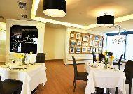 отель Opera Suite Hotel: Ресторан