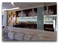 отель Opera Suite Hotel: Бар отеля