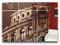 отель Opera Suite Hotel: Коридоры отеля