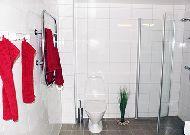 отель Коттедж Örebäcken: Ванная
