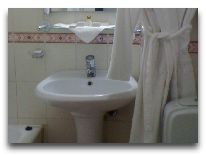 отель Otrar Hotel: Ванная