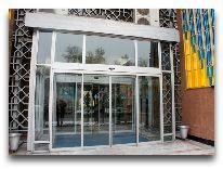 отель Otrar Hotel: Вход