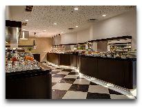 отель Hotell Palace: Шведский стол