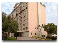 отель Hyatt Regency Baku: Вход в отель