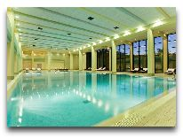 отель Hyatt Regency Baku: Клуб Oasis закрытый бассейн