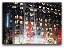 отель Park Inn by Radisson Azerbaijan Baku Hotel: Отель вечером