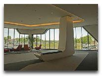 отель Park Inn by Radisson Krakow: Лобби