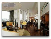 отель Parkroyal Saigon Hotel: Лобби