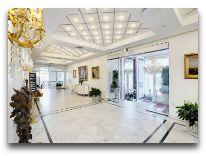 отель Hotel Phoenix: Холл отеля