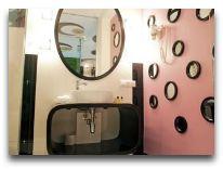 отель Нotel Piazza: Ванная комната в номере «Pop art»