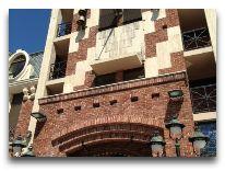 отель Нotel Piazza: Вход в отель