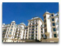 отель Pik Palace: Фасад отеля