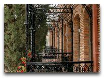 отель Pirosmani: Балконы