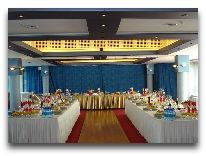отель Планета: Ресторан Планета-Белый зал