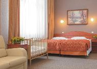 отель Polonia: Двухместный семейный номер