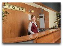 отель Polonia Wroclaw: Ресепшн отеля