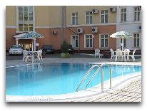 отель Poytaht: Бассейн
