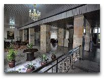 отель Poytaht: Холл