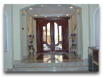 отель Premier Hotel: Вход в отель
