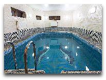отель Premier Hotel: Бассейн