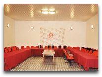 отель Premier Palace Bakuriani: концертный зал