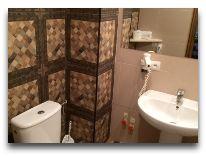 отель Primavera: Ванная в номере