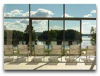 отель Puhajarve: Вид из бассейна