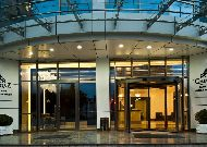 отель Qafqaz Baku City Hotel: Вход в отель