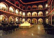 отель Qafqaz Carvansaray: Внутренний дворик