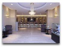 отель Qafqaz Riverside Resort Hotel: Холл второго этажа