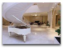 отель Qafqaz Riverside Resort Hotel: Холл отеля