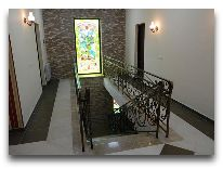отель QEFO Hotel: Холл Второго этажа