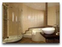 отель Qubus Krakow: Ванная в Джуниор Сьют